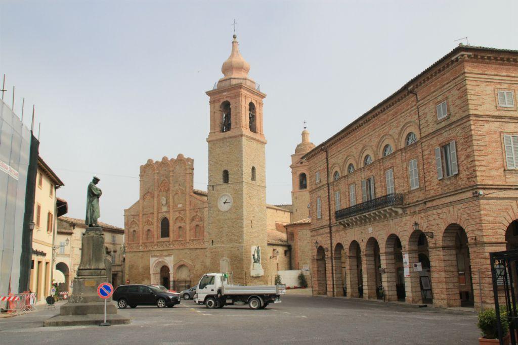 San-Ginesio-Chiesa-di-Santa-Maria-Assunta