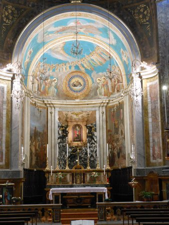 Santa-Maria in Via_interno